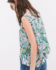 Image 5 of PRINTED TOP WITH ASYMMETRIC HEM from Zara