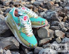 Nike Air Max 90 'Freedom' by Dank Customs | KicksOnFire