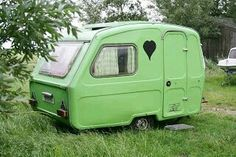 Let's go camping - Lovely green stuff - Tiny Camper, Camper Caravan, Retro Campers, Happy Campers, Vintage Campers, Vintage Caravans, Vintage Travel Trailers, Tiny Trailers, Camper Trailers