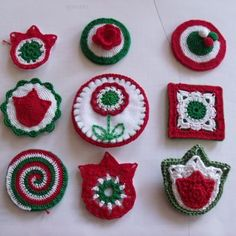 March is a national holiday in Hungary. It commemorates the Hungarian Revolution of which grew into a war for independence from Habsburg rule. Spring Crafts For Kids, Xmas, Christmas Ornaments, Jaba, Felt Crafts, Red And White, Crochet Earrings, March, Knitting