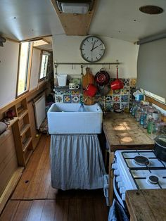 steps under the gunnel Barge Boat, Canal Barge, Canal Boat Interior, Rv Interior, Sofa Bed With Drawers, Bed With Drawers Underneath, Narrowboat Interiors, Narrow Boat, Tiny Kitchens
