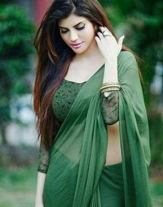 We share 51 beautiful Indian women in saree looking gorgeous and hot. These are the beautiful actress and indian models who looking so stunning in Saree. Beautiful Girl Indian, Most Beautiful Indian Actress, Beautiful Saree, Gorgeous Women, Beauty Full Girl, Beauty Women, Saree Models, Saree Look, Glamour