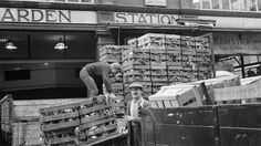 Travel back in time with Time Out's interactive tube station gallery and see what the London Underground looked like back in the day Back In Time, Time Out, Back In The Day, London History, Local History, Bedford House, Garden Images, London Underground, Covent Garden