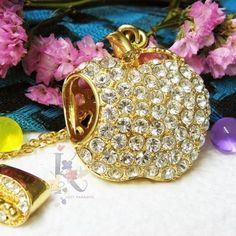 Lovely Diamond/Jewelry/Crystal Apple Shape Necklace USB Flash Drive Memory Stick Gift USB 2.0 Stick Memory Flash Card Pen Drive