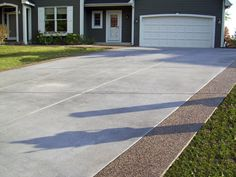 Gray Brushed Concrete Driveway with Exposed Aggregate Borders. Stained Concrete Driveway, Cement Driveway, Driveway Edging, Modern Driveway, Asphalt Driveway, Cement Patio, Concrete Patios, Driveway Landscaping, Concrete Driveways