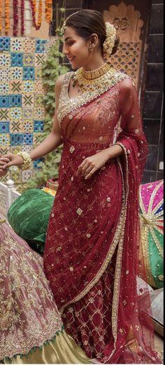 Desi Wedding Dresses, Pakistani Formal Dresses, Pakistani Outfits, Indian Outfits, Indian Attire, Indian Wear, Ethnic Fashion, Asian Fashion, Designer Sarees Wedding