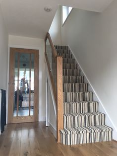Staircase ideas, hallway ideas, staircase design, door under stairs, ha Carpet Staircase, Hallway Carpet, Stairs In Living Room, House Stairs, Door Under Stairs, Oak Stairs, Hallway Designs, Hallway Ideas, Glass Stairs