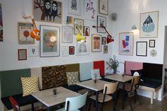 café cometa  Carrer Parlament, 20 (con Viladomat)   Poble Sec