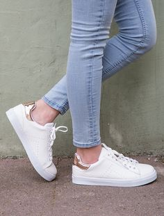 For sale Your size Adidas Yeezy Boost 500 Salt sneakers Preppy Trends, Sports Shoes, Shoes Sport, Warm Outfits, Cool Boots, Adidas Shoes, Addidas Sneakers, Sports Women, Knee High Boots