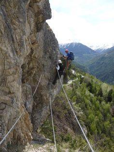 Vanuit chalet Ursa minor naar Via Ferrata Nax......cable bridge