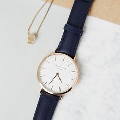 Get a closer look at the Classic Blue, AMS Serie watch. Trendy Watches, Black Watches, Rolex Watches, Field Watches, Women's Dress Watches, Daniel Wellington Watch, Fashion Watches, Fashion Bracelets, Closer
