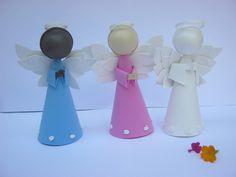 Anjinho feito de EVA, frete grátis via PAC para pedidos mínimos de 20 anjinhos. Faço outras cores também. Para lembrancinhas ou decoração. R$ 7,55