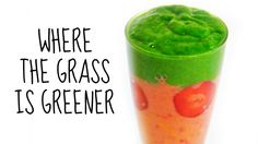 WHERE THE GRAS IS GREENER SMOOTHIE RECIPE From our early days in kindergarten most of us can probably remember what happens when you mix the colors green and red. Creating a delicious looking green smoothie with spinach and strawberries is therefore quite the challenge. So here is my solution: a layered smoothie!  Aus der Kindergartenzeit können sich bestimmt die meisten noch daran erinnern, was passiert, wenn man die Farben Grün und Rot miteinander mischt. Einen appetitlich aussehenden…