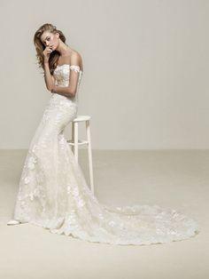 Suknia ślubna Pronovias model Dria
