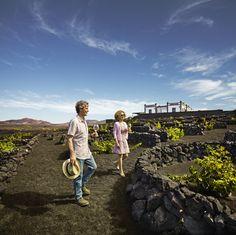 #LaGeria #Lanzarote - #islasCanarias Canary Islands, Dolores Park, Couple Photos, Travel, Earth, Lanzarote, Couple Pics, Trips, Traveling