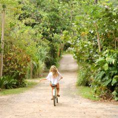 Pasear en bici.