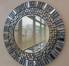 Mosaic Tile Art, Mirror Mosaic, Mosaic Diy, Mosaic Crafts, Mosaic Projects, Mirror Art, Diy Mirror, Mosaic Glass, Mosaics