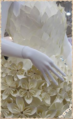Paper dress designed by Monica Dal Molin at the second edition of Abilmente in Rome, the fair of handmade, homemade, lovemade!