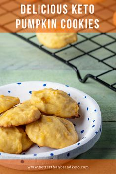 Fall is the perfect time for anything and everything pumpkin. These keto pumpkin cookies are delicious and just the right amount of pumpkin and sweet! Low Carb Sweets, Low Carb Desserts, Low Carb Recipes, Cooking Recipes, Atkins Desserts, Free Recipes, Snack Recipes, Dessert Recipes, Healthy Recipes