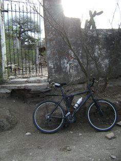 cementerio abandonado, cordoba, argentina