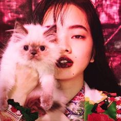 Project Monarch, a cat, gorgeous lipstick, what's not to love? Japanese Models, Japanese Girl, Nana Komatsu, Japanese Lifestyle, Quirky Fashion, Red Aesthetic, Character Inspiration, Asian Beauty, Asian Girl