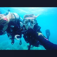 From sky diving over the Great Barrier Reef yesterday to learning how to dive under it today unreal!! Photos don't do it justice!  #greatbarrierreef #cairns #australia #diving #amazing #selfie by emgil91 http://ift.tt/1UokkV2