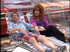 Katey Sagal and Ed O'Neill in Egy rém rendes család Ed O Neill, Al Bundy, Katey Sagal, Favorite Tv Shows, My Favorite Things, Married With Children, Wit And Wisdom, Classic Tv, Tv Series