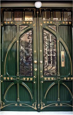 art nouveau doors in Rotterdam