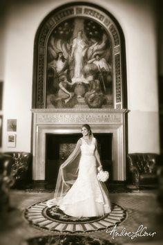 A bride at the Union League Club of Chicago | Andre LaCour Photography