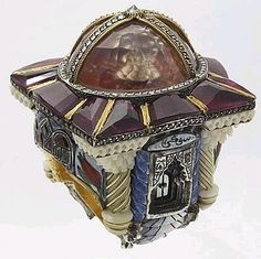 Sevan Bicakci - Turkish jeweller. Love the intricacy and sculpted models accessories-i-love beauty