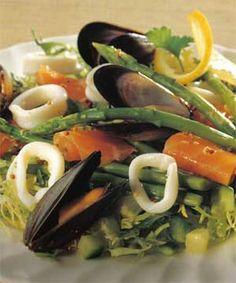 Salata cu fructe de mare Healthy Food, Healthy Recipes, Caprese Salad, Meat, Chicken, Salads, Healthy Foods, Healthy Eating Recipes, Healthy Eating