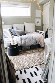 Tiny Bedroom Tour (Courtney's Room + Announcement)