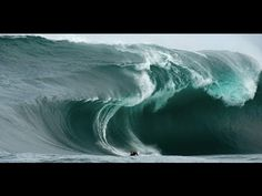WORLDS BIGGEST WAVES EVER SURFED 2016 - Dangerous and Deadly Fatal Waves...