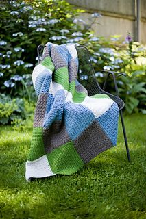 Crochet Squares Patterns Jackson Square Afghan - This crochet afghan features a plus sign motif that will look perfect draped over your couch. Crochet Crafts, Crochet Projects, Free Crochet, Knit Crochet, Afghan Crochet, Crochet Baby, Crochet Blanket Patterns, Crochet Stitches, Patchwork Blanket