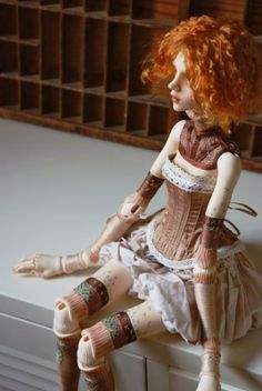 Bois et Broderie (Doll chateau Christina big custo) by Lorka