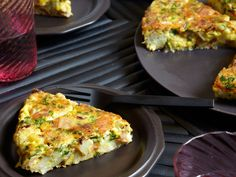 Cauliflower, Bacon, and Parmesan Frittata   Eggs make perfect weeknight dinners; they cook quickly and taste great with an endless variety of ingredients. Here, bacon, sautéed cauliflower, and ...