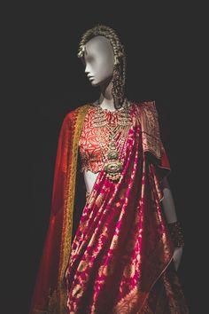 Ideas Anamika Khanna Bridal Lehenga Wedding For 2019 Bridal Outfits, Bridal Dresses, Indian Dresses, Indian Outfits, La Bayadere, Lehenga Wedding, Indian Bridal Wear, Indian Wear, Stylish Sarees