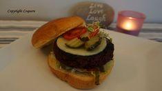 Vegetarburger vil aldri erstatte kjøttburgere. Her har du likevel en vegetarburger som er saftig og med mye smak. Samtidig som den holder fasongen.