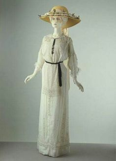 1910 summer day dress.