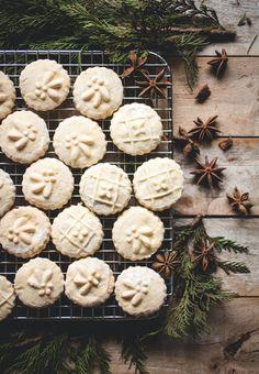 Springerle Cookies   butterlustblog.com