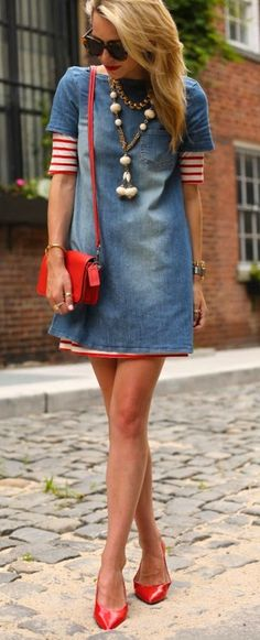 Details Lately (Bleached Denim Dress) Denim Fashion, Look Fashion, Womens Fashion, Fashion Trends, Fashion Ideas, Fashion Shoes, Girl Fashion, Mode Outfits, Casual Outfits