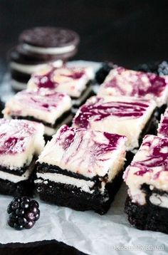 Blackberry Cheesecake OREO Brownies are what dreams are made of especially because they are filled with rich & creamy flavors! | cheesecake brownies | blackberry brownies | OREO cheesecake | blackberry OREO | summer dessert |  berry dessert | easy dessert | fruit dessert | party dessert | chocolate recipe | fruity | baking | baked goods | cooking | party food | family friendly | dark chocolate | fudge | fudgy | chewy | cream cheese brownies |
