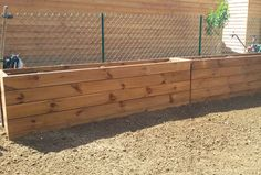 Construction bac à fleurs en bois d'extérieur