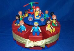 Caillou & Friends This display has 10 Grab Bags for 10 lucky guests Plus a Special Caillou Gift for the Host