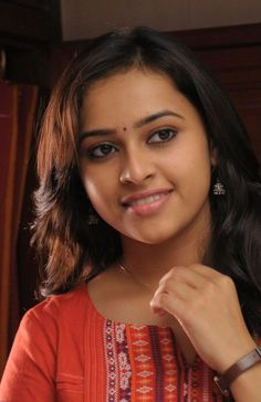 Photos Stills Posters and Images of movie Sri Divya - WoodsDeck Beautiful Girl Indian, Most Beautiful Indian Actress, Beautiful Celebrities, Beautiful Actresses, Indian Celebrities, Beautiful Heroine, Indian Face, Cute Beauty, Perfect Skin