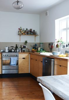 Fresh and Clean: A London Chef Lives the Way She Cooks: Remodelista