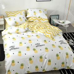 Pineapple Bedding Set Notice: The bedding set has a duvet cover with no filling,a bed sheet and pillowcase ●Size:tips the size of the quilt to choose the bedding set. feet)Bed sheet Quiltcover Pillowcase f Pineapple Room Decor, Pineapple Decorations, Yellow Bedding, Grey Bedding, Apartment Bedroom Decor, Minimalist Room, Luxury Bedding Sets, Aesthetic Bedroom, Dream Rooms