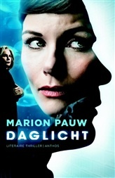 Daglicht, nu verfilmd met Angela Schijf en Fedja van Huet. Bekijk de trailer op Bruna.nl. http://www.bruna.nl/boeken/daglicht-9789041423702