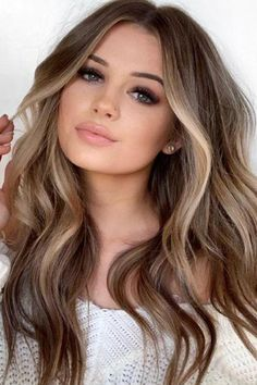 Balayage Blonde Ends - 20 Fabulous Brown Hair with Blonde Highlights Looks to Love - The Trending Hairstyle Ombre Hair Color, Brown Hair Colors, Hair Colour, Light Skin Hair Color, Level 7 Hair Color, Long Curly Hair, Curly Hair Styles, Brown Hair With Blonde Highlights, Bayalage Light Brown Hair