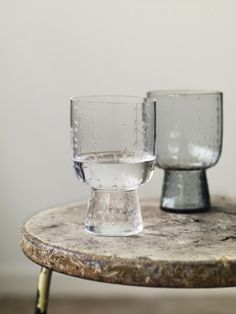 iittala Sarajton. Bubbled statement water glasses. Glassware inspiration. Beautiful smoked slate glass color